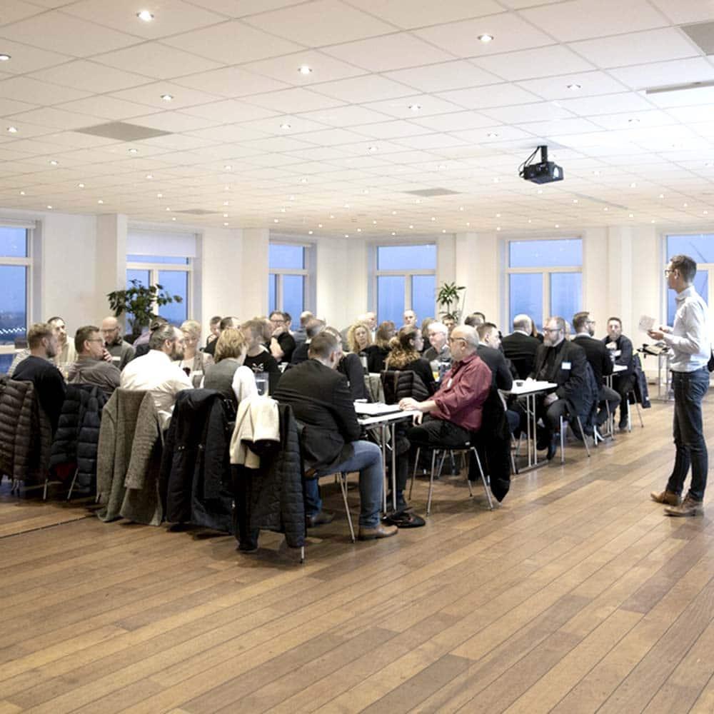 konferencer og møder